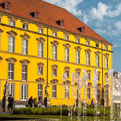 Universität Osnabrück, Schlossgebäude
